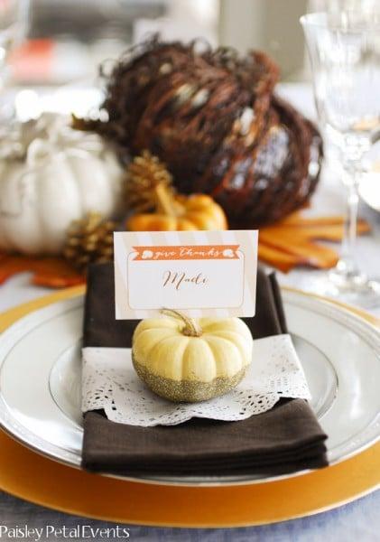 Glitter pumpkin place card