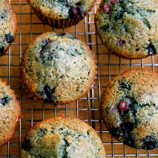 Best Muffin Recipes Ever : tri berry
