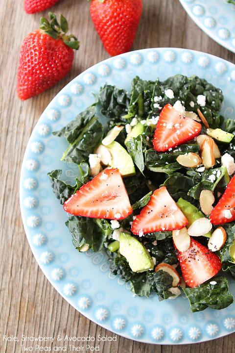 kale strawberry avocado salad with lemon poppy seed dressing