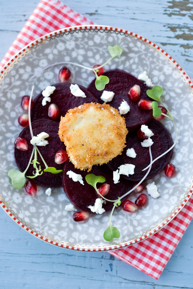 roasted beet salad with crispy goat cheese