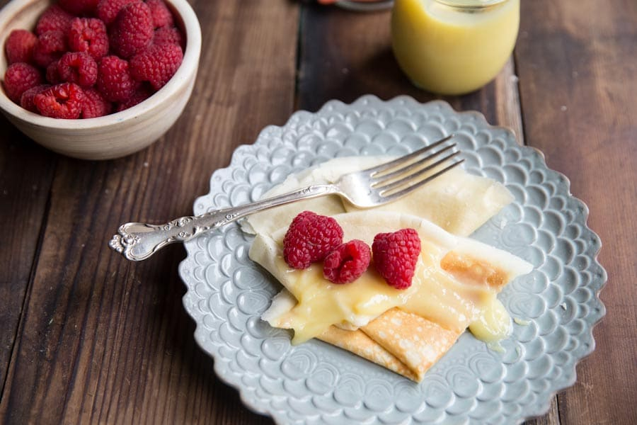 Sweet Crepe Recipes : whole wheat crepes with lemon curd and berries