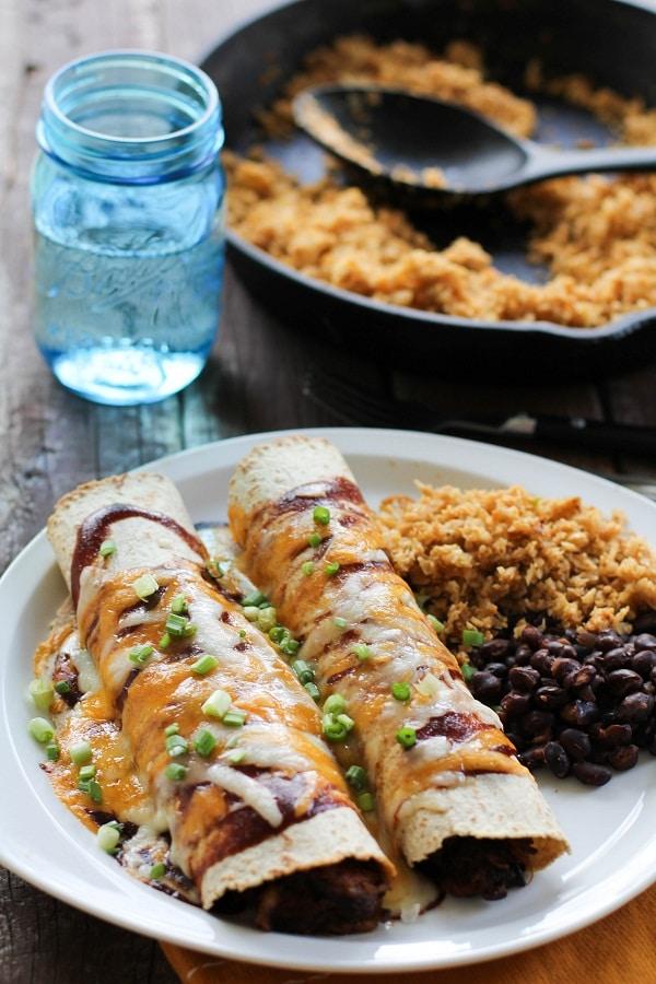 Enchilada Recipes : bbq pulled pork enchiladas