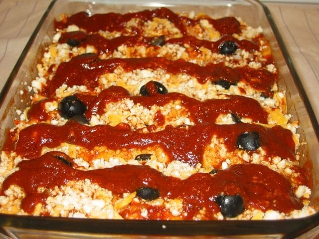 Vegetarian Enchilada Recipes : olive enchiladas with queso fresco