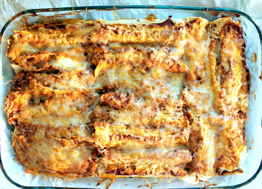 Enchilada Recipes : spicy black bean chicken enchiladas with pumpkin sour cream