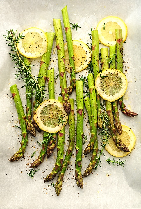 roasted asparagus from she wears many hats