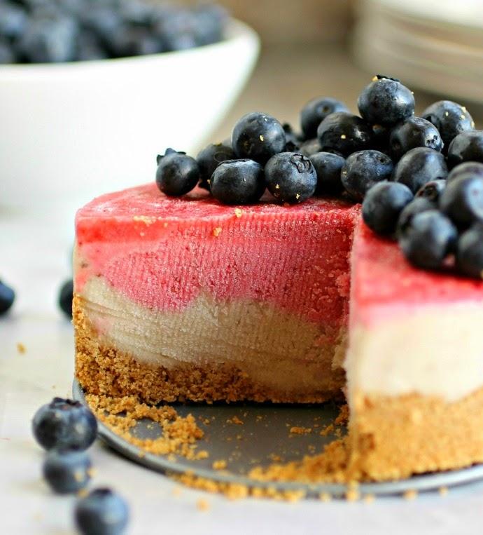 frozen banana berry cake- fourth of july recipes