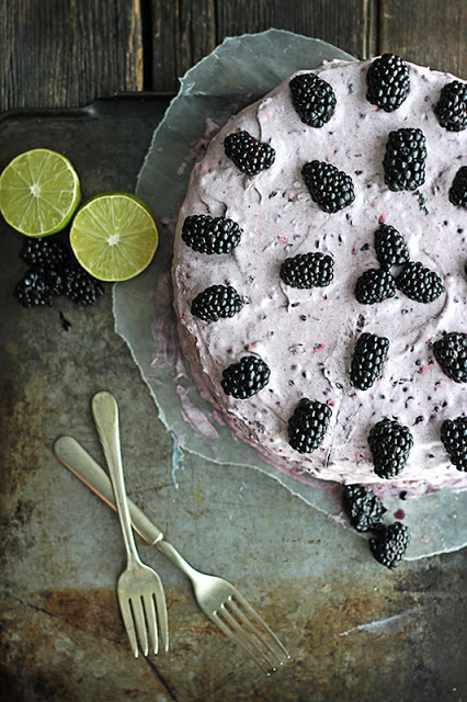blackberry lime cake  + 9 other fresh and delicious summer desserts | Rainbow Delicious