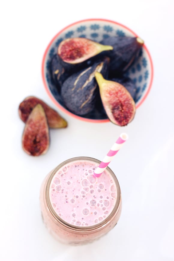 fresh fig and banana smoothie