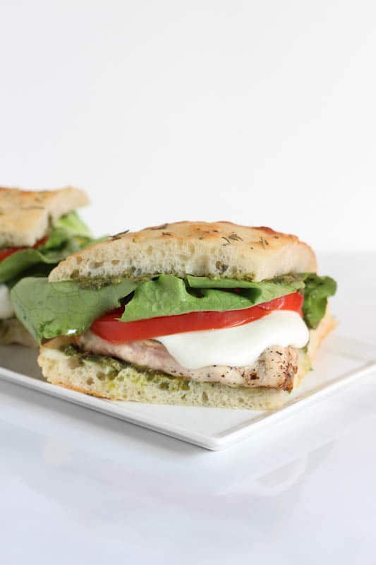 Simple Summer Recipes : Grilled Chicken Pesto Sandwich