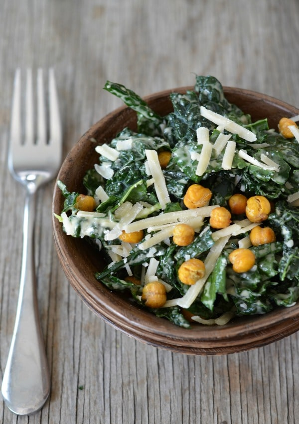 Fall Dinner Recipes : Kale Caesar Salad with Crispy Garbanzo Beans + 4 other delicious recipes in this week's Fall meal plan | Rainbow Delicious