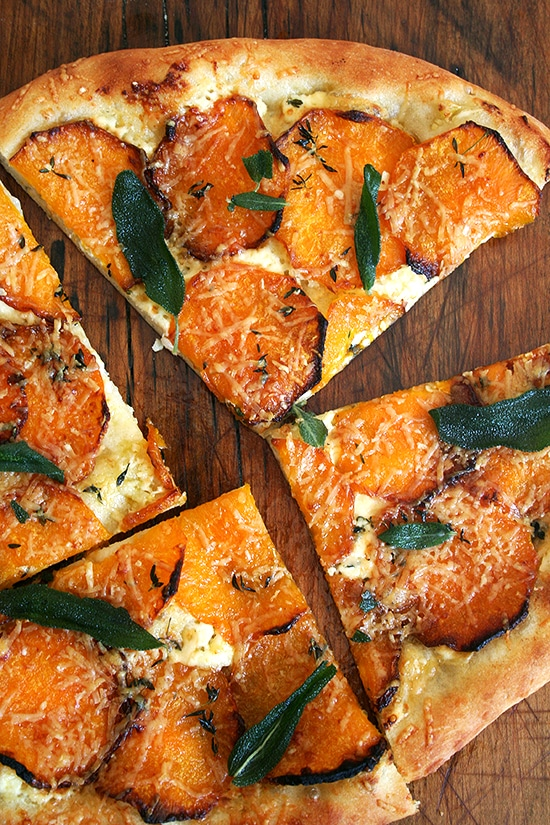 healthy dinner recipes: butternut squash and crispy sage pizza + 4 other delicious and healthy dinner recipes in this week's Winter meal plan | Rainbow Delicious