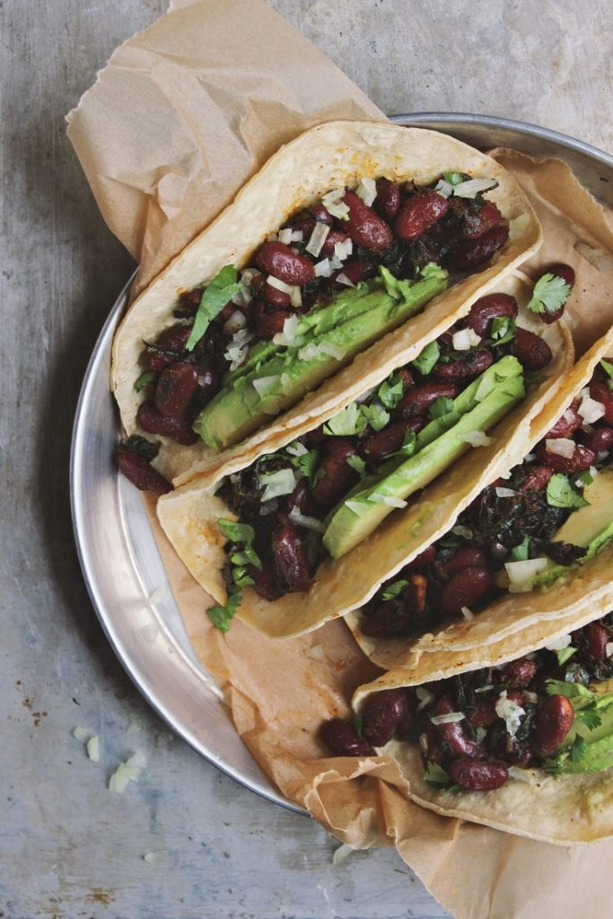 Easy Spring Dinner Ideas Meal Plan: Bean and Avocado Tacos