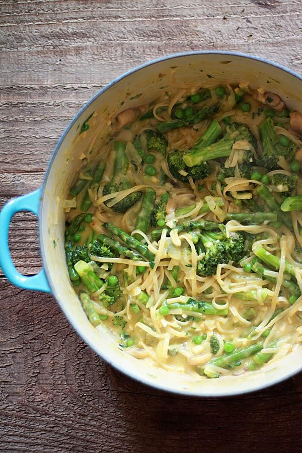 One-Pot Pasta Recipes- One Pot Pasta Primvaera | Rainbow Delicious Meal Plan