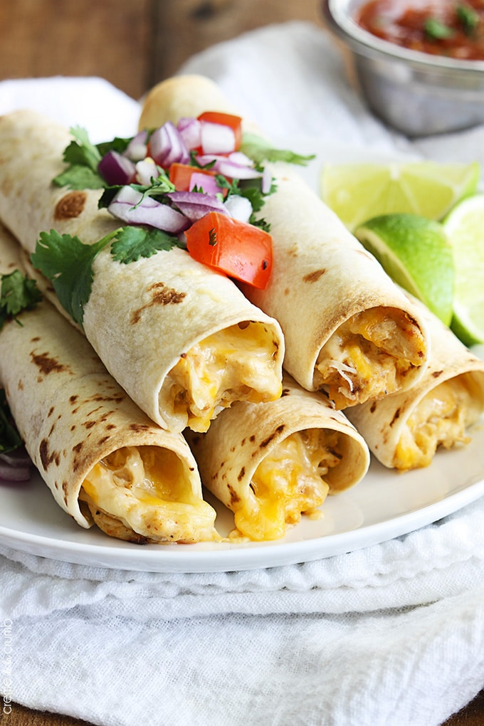 easy-crockpot-recipes-cream-cheese-taquitos