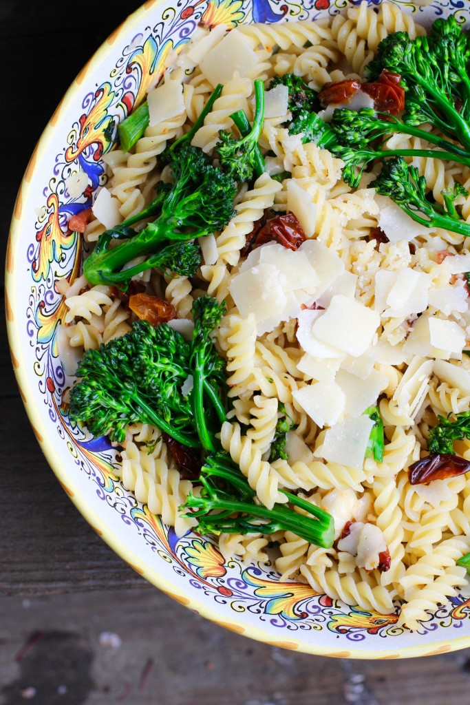 Sun Dried Tomato Broccoli Pasta Recipe - Rainbow Delicious