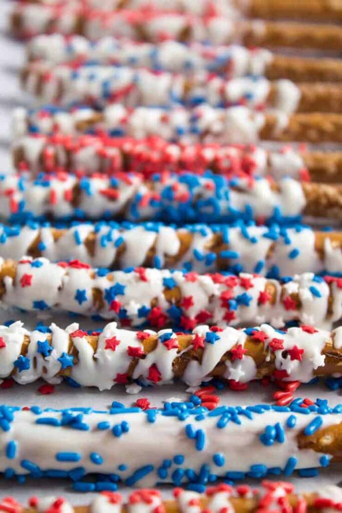Patriotic White Dipped Pretzels - 4th of July Snacks