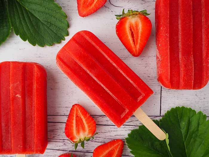 Strawberry Popsicles - 4th of July Snacks