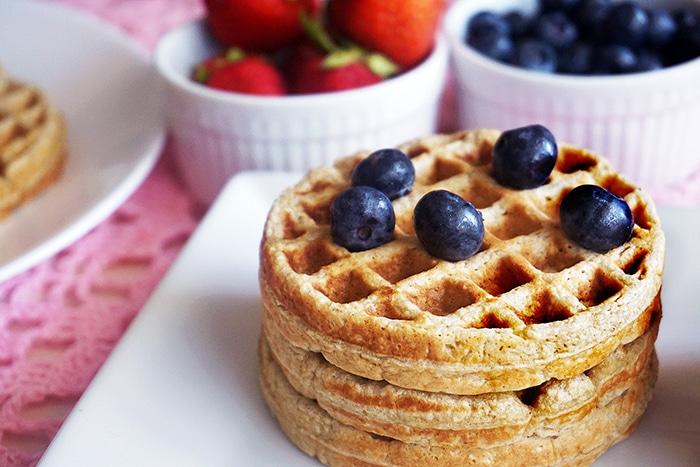 Banana Oatmeal Waffles - Creative Oatmeal Recipes