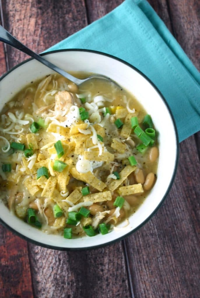 Weeknight Dinner Ideas from Gingered Whisk Gingeed whisk- crock pot white chicken chili