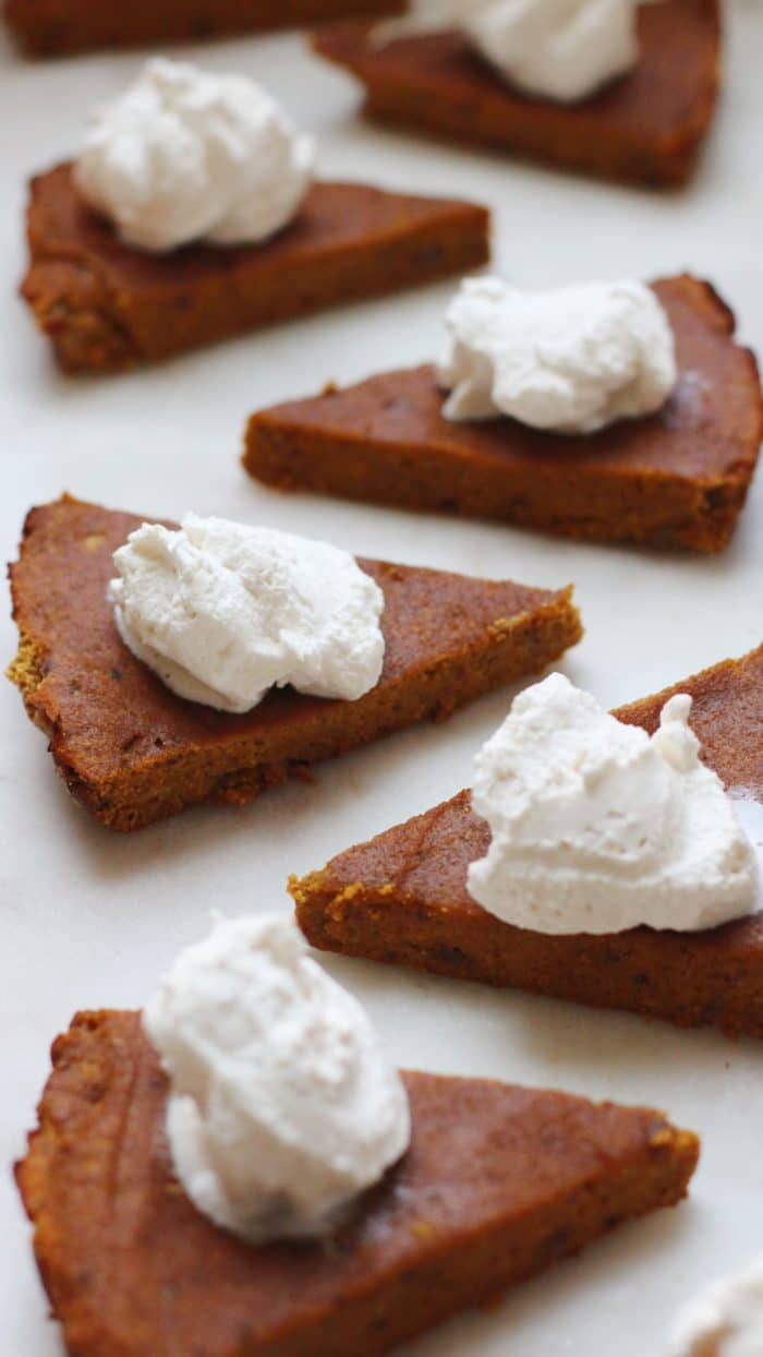 Gluten Free Sugar Free Pumpkin Pie Recipe with whipped cream e1511067475995
