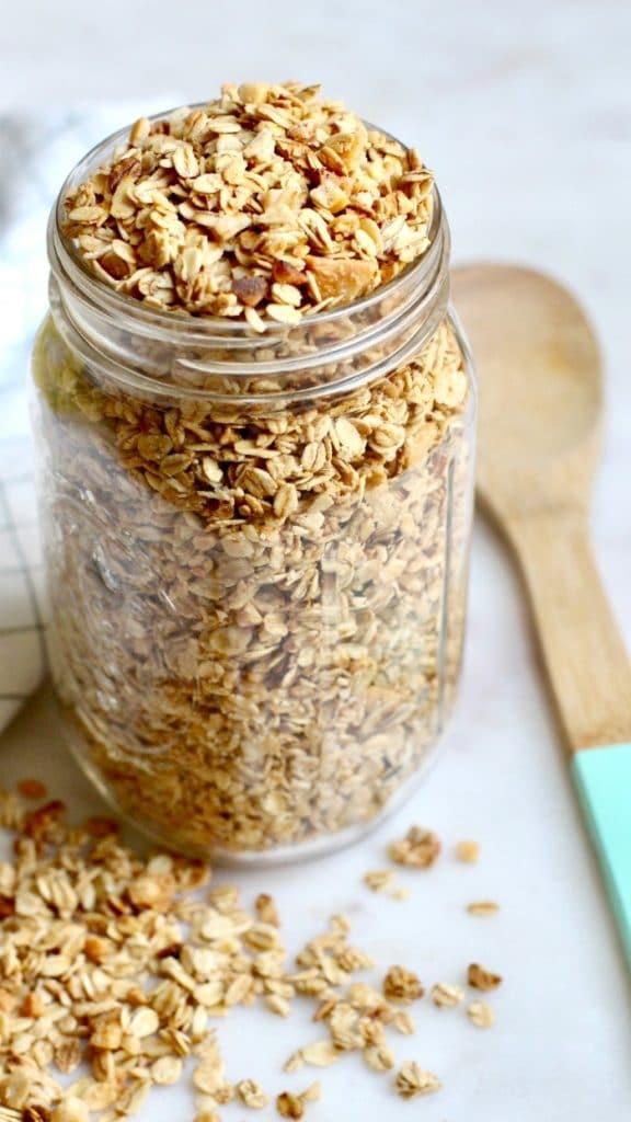 Easy Homemade Granola Recipe in Mason Jar