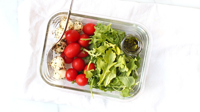 Meal Prep Caprese Arugula Salad Recipe