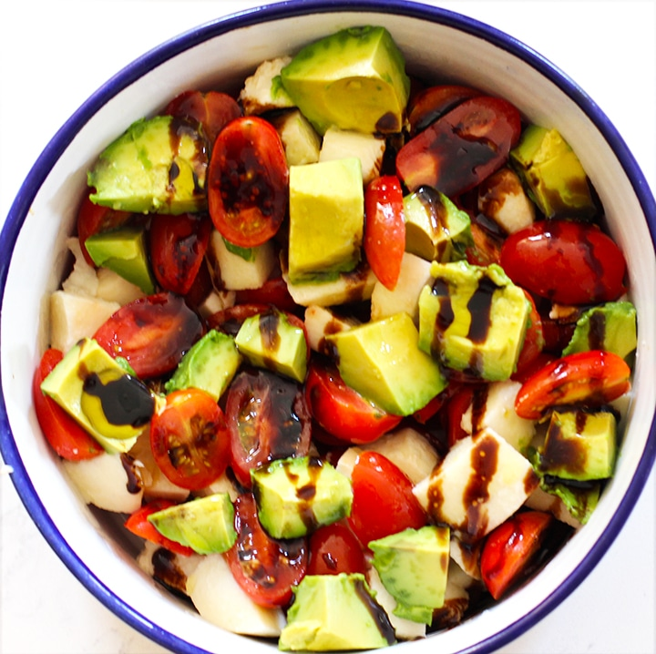 easy avocado Caprese salad recipe - add balsamic and olive oil