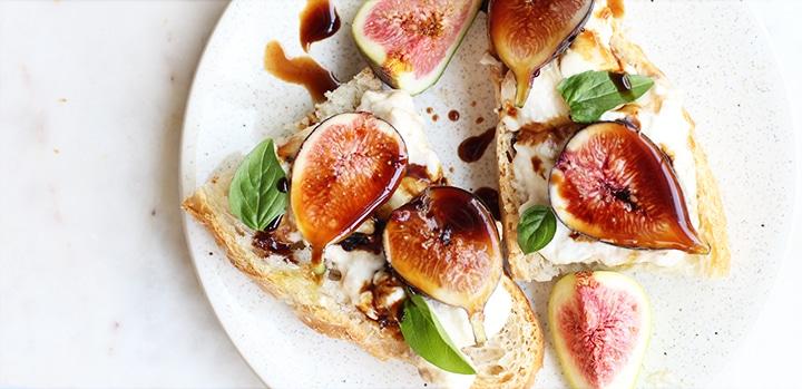 fig burrata caprese toast Rainbow Delicious Featured Image