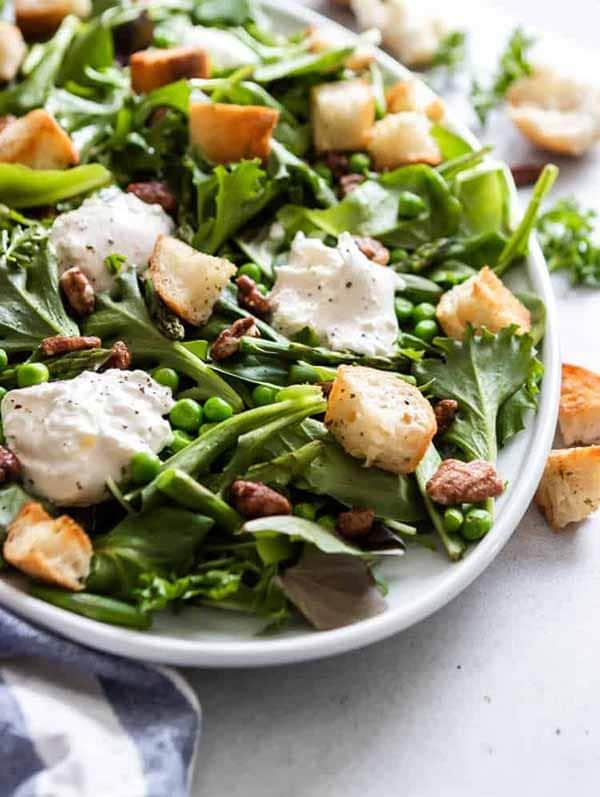 Spring Green Salad with Burrata | Burrata Recipes